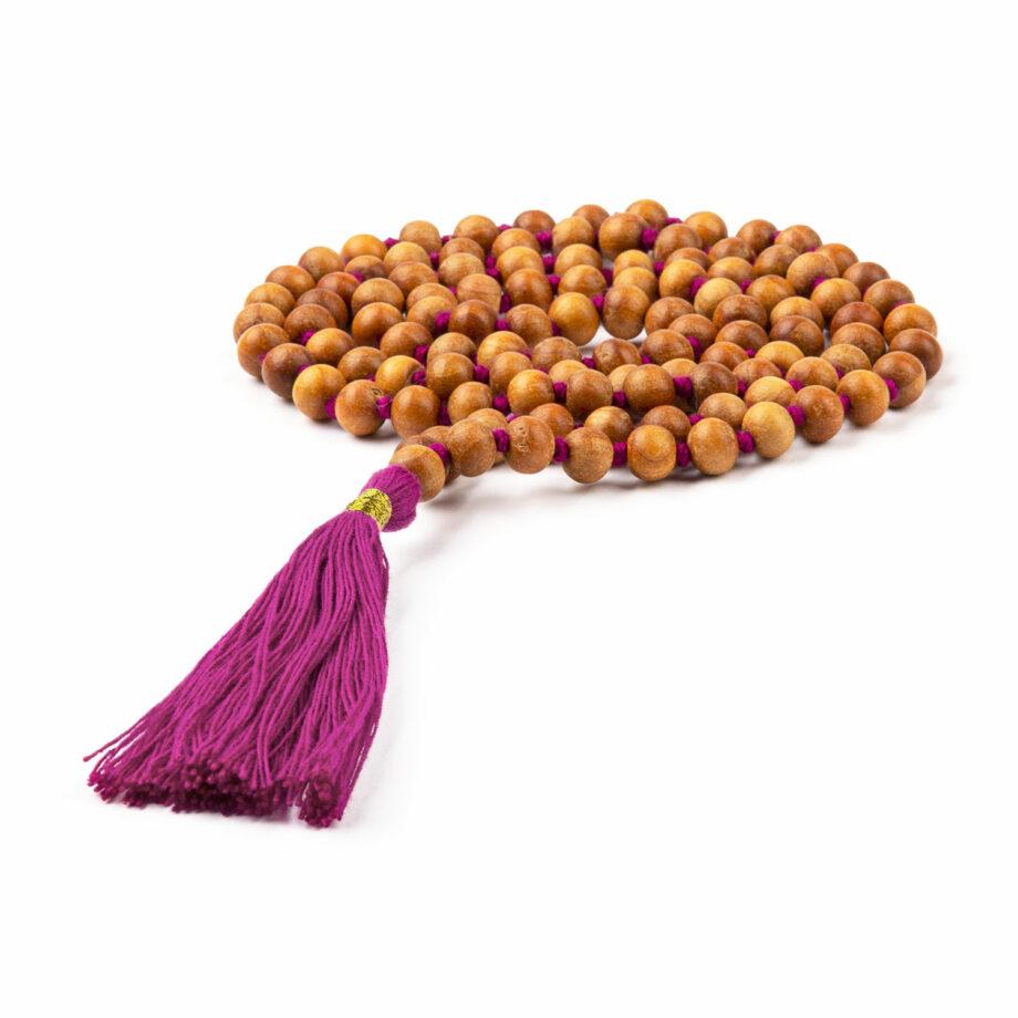 collier mala parfum bois de santal pompon berry