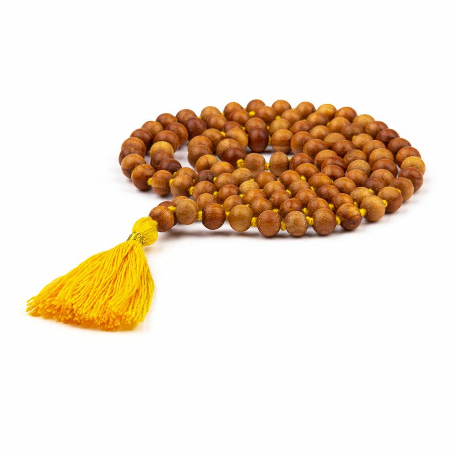 collier mala parfum bois de santal pompon safran