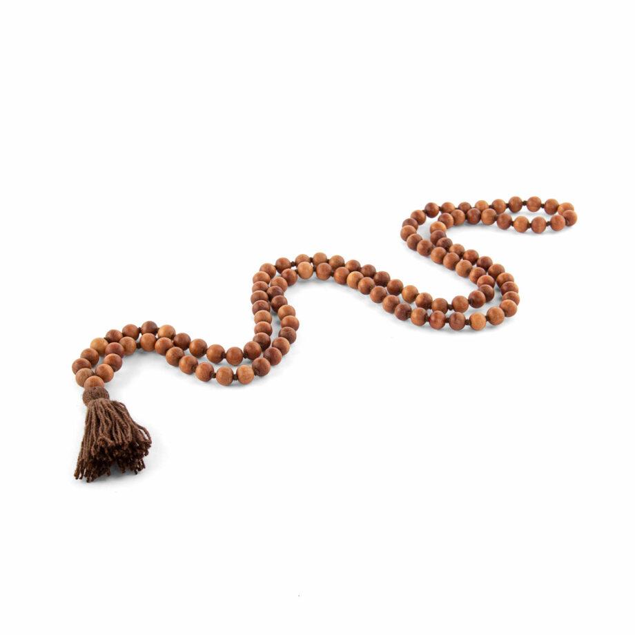 collier mala parfum bois de santal pompon marron