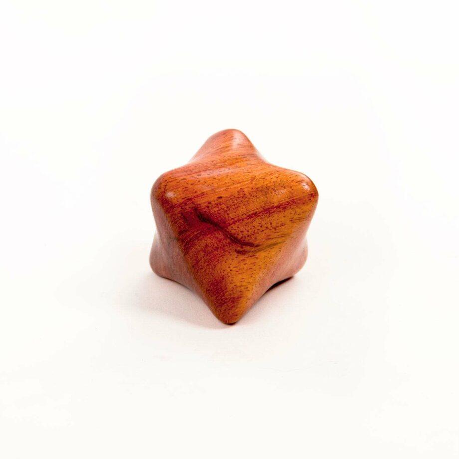 outil de massage en bois cube